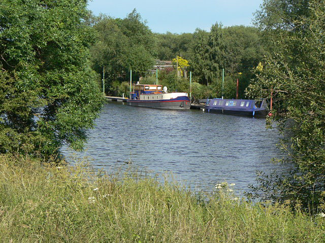 Moorings near Barton