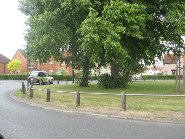Roundabout at Daventry Road, Lower Knowle
