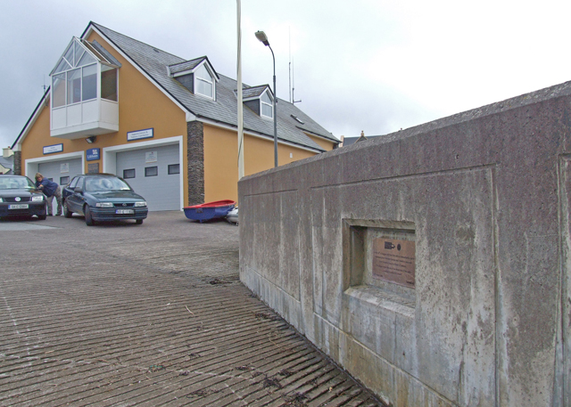 Lifeboat station and launch ramp