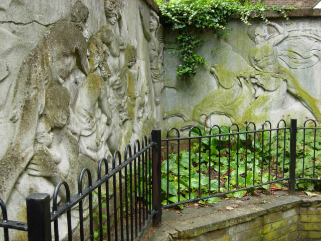 Musgrave Watson frieze in Battishill Gardens
