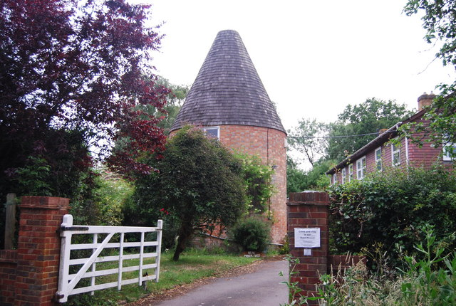 Bear Manor Oast, Shipbourne