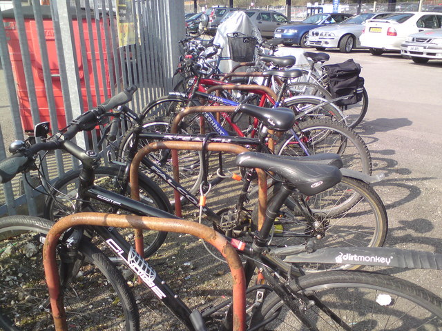 Station cycle racks