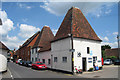 SU7451 : The Oast Garage, King Street, Odiham, Hampshire by Oast House Archive