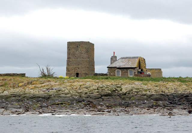 Warden's cottage and tower, Brownsman island