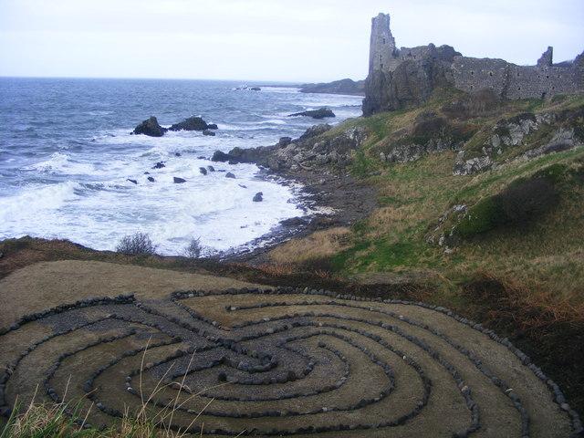 Labyrinth of stones