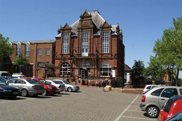 Town Hall Ripley David Long Cc By Sa 2 0 Geograph