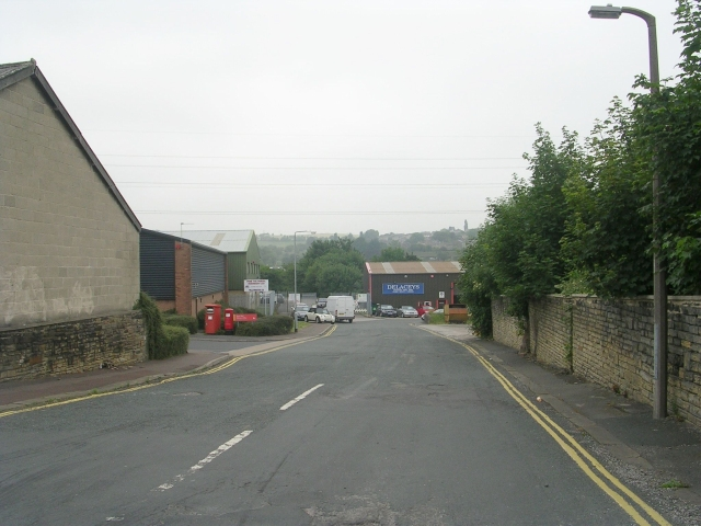 Dyehouse Lane - Birds Royd Lane