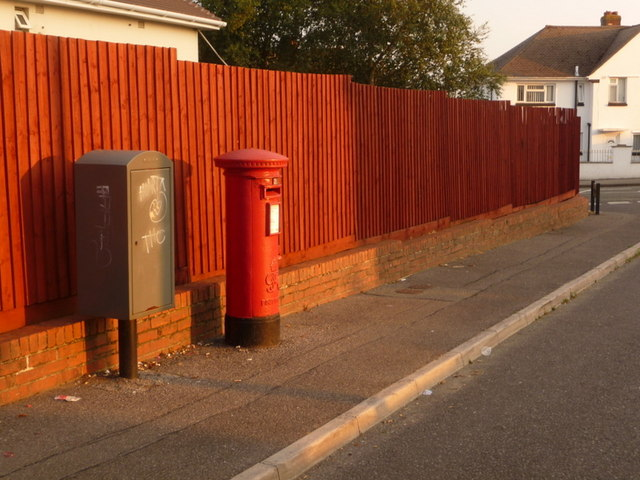 Rossmore: postbox № BH12 218, Worrell Drive