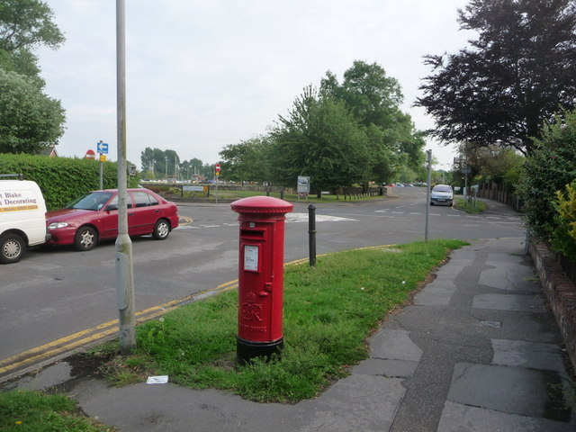 Christchurch: postbox &#8470; BH23 55, Wick Lane