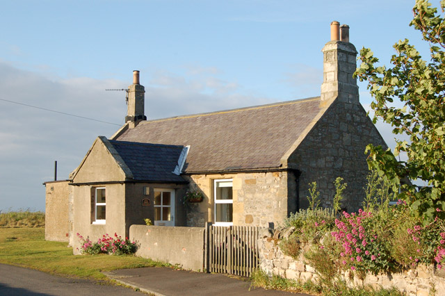 Fisherman 39 s cottage north of boulmer andy f geograph britain and ireland - The fishermans cottage ...