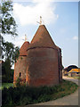 TQ5347 : Unconverted Oast house at Leigh Park Farm, Leigh, Kent by Oast House Archive