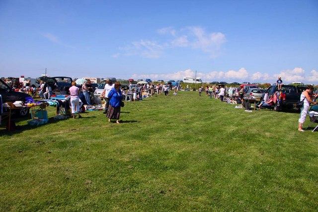 Car Boot Sale At Blue Anchor © Steve Daniels Cc-by-sa/2.0 :: Geograph Britain And Ireland