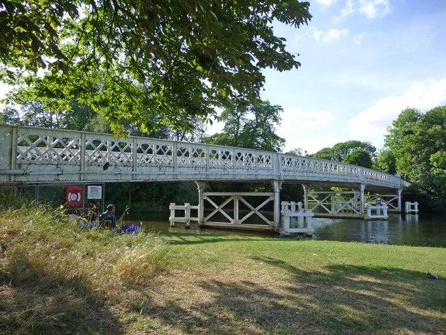 Toll Bridge, Whitchurch-on-Thames