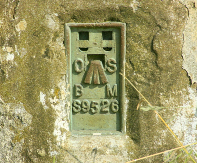 2009 : Flush plate on Maes Knoll trig point