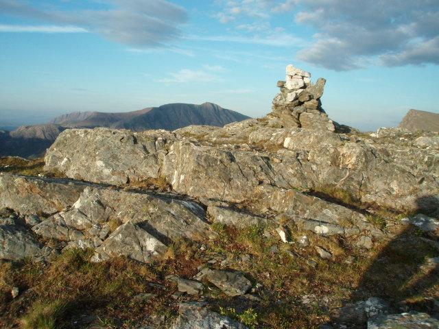 Summit Cairn, Meall Mheinnidh