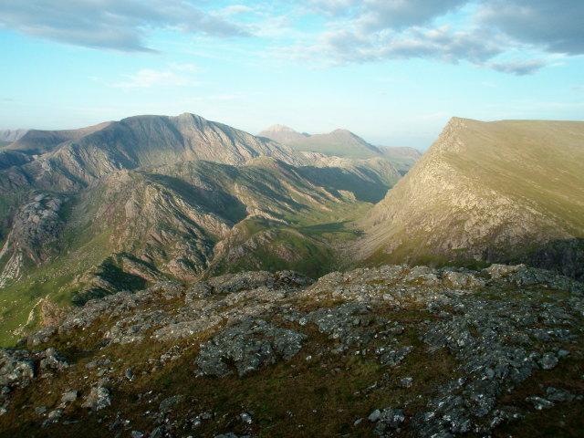 SE summit slopes of Meall Mheinnidh