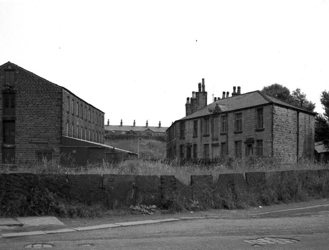 Buckley lower mill rochdale dr neil clifton cc by sa 2 for The buckley house