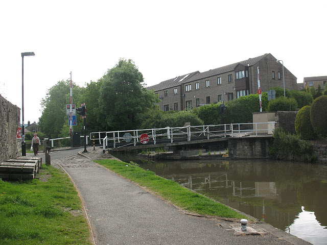 Brook Street swing bridge