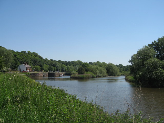 River Weaver approaching Saltersford Lock