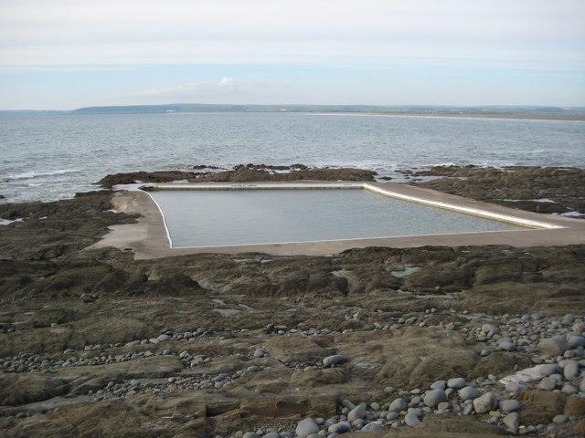sea water swimming pool westward ho philip halling cc by sa 2 0 geograph britain and ireland