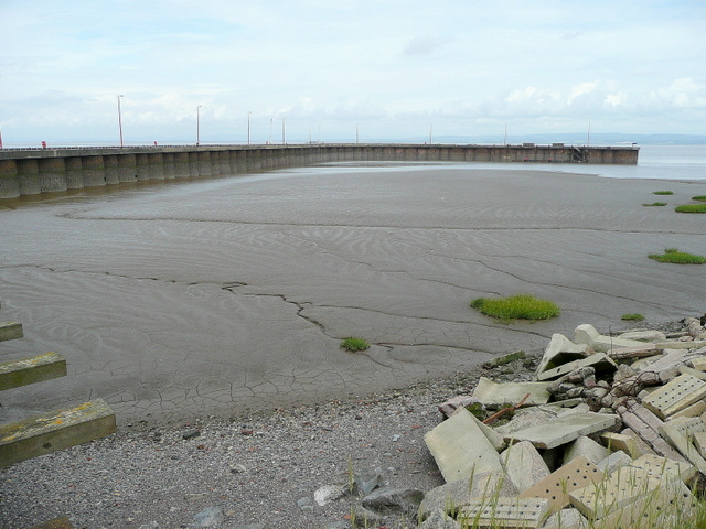 East Pier at Royal Portbury Dock:: OS grid ST4978 :: Geograph ...