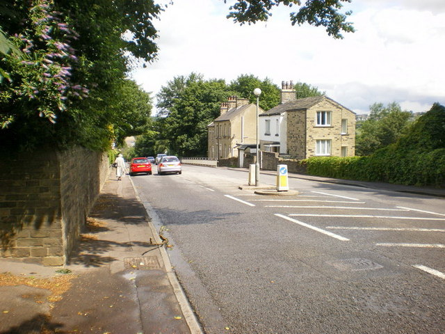 Huddersfield Road below Daisy Road