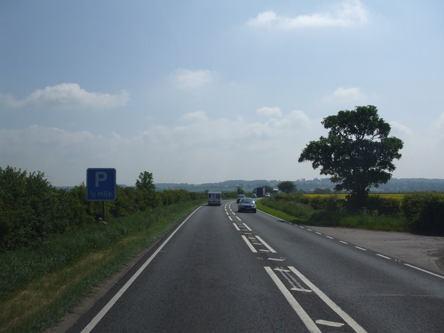 A17 eastbound crossing Leadenham low fields