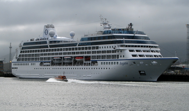 Cruise Ship Regatta At Belfast Rossographer Geograph Ireland - Cruise ship ireland