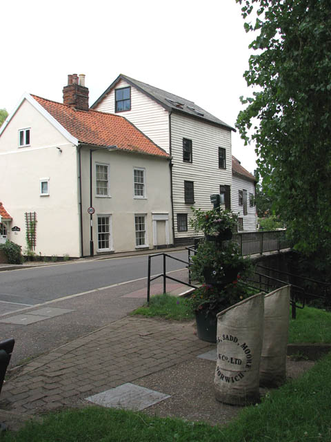 The Mill House and Loddon Mill
