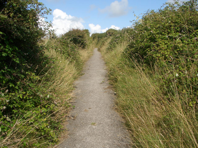 Thoroughfare to Norton ascending away from Ogmore-by-Sea