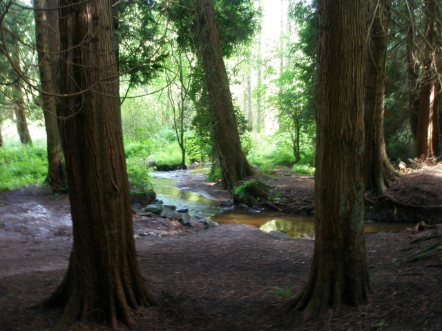 River flowing in Ardunshin Lough