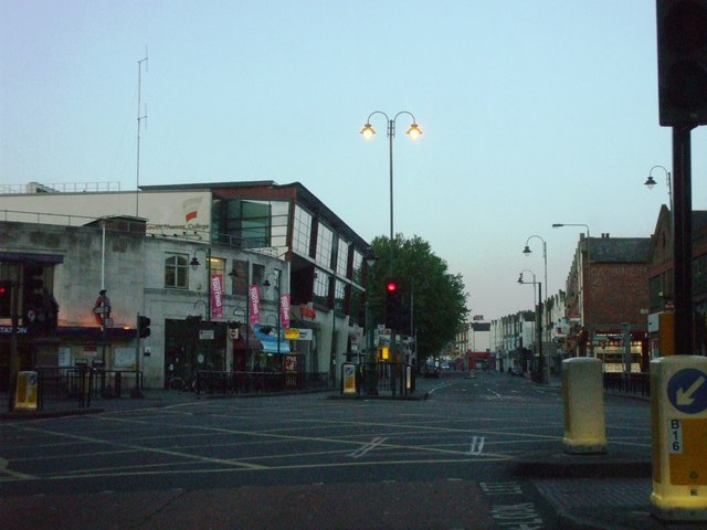 Tooting High Street, SW17