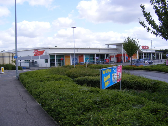 Tesco Supermarket, Marks Farm, Coggeshall Road