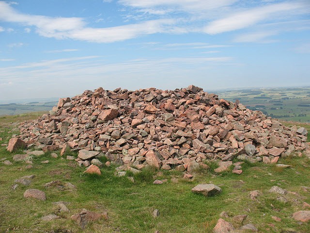 Humbleton Hill: summit cairn