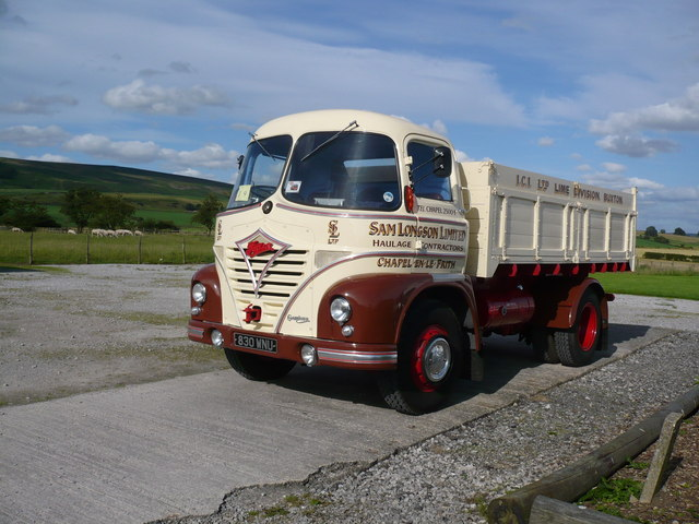 Foden truck parked at the Craven Heifer Inn