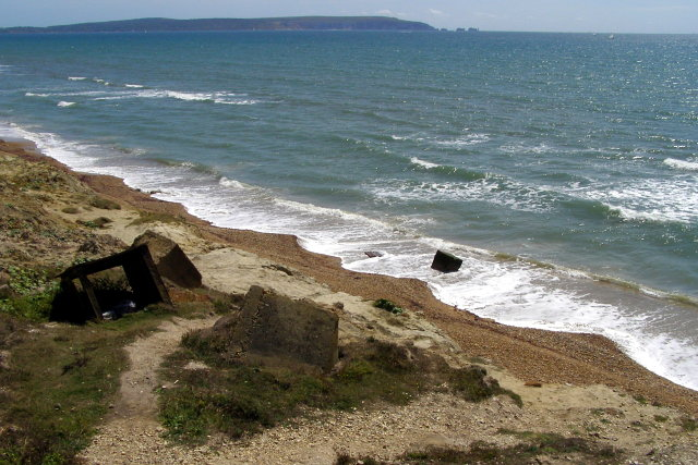 Remains of anti-tank defences, Taddiford Gap