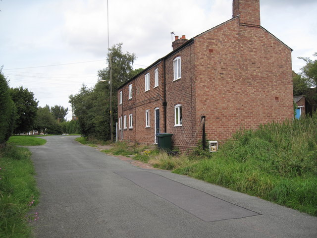 Thornton-le-Moors Village