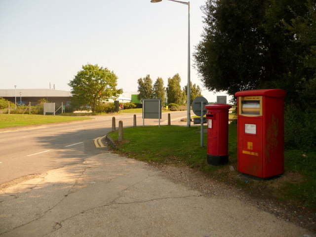 Hurn: postbox №s BH23 68 and BH23 517, Enterprise Way
