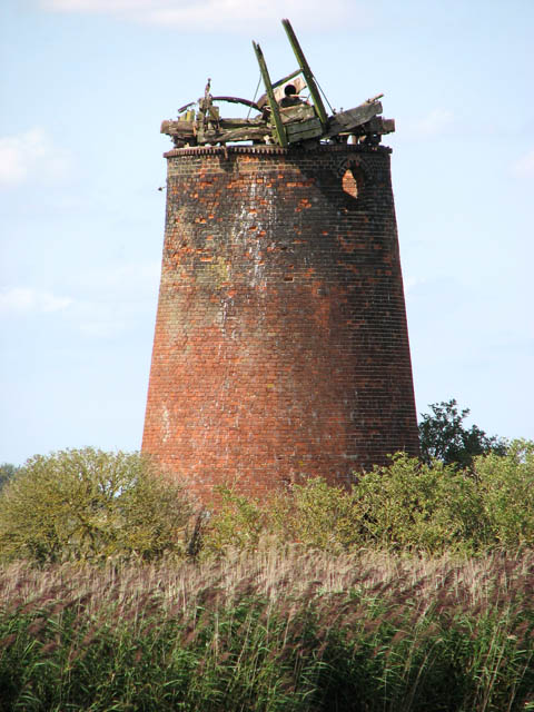 The derelict Limpenhoe drainage mill
