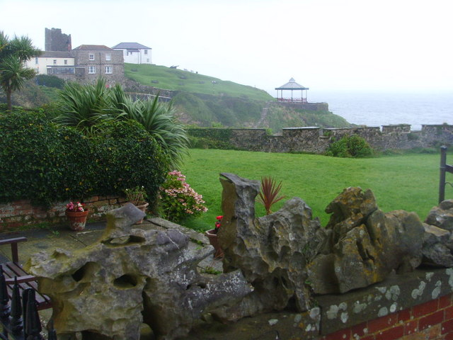 Across gardens to Tenby bandstand