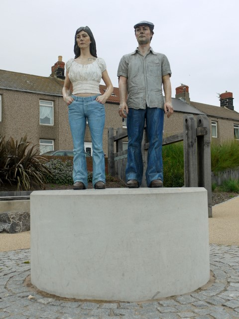 Couple Sculpture, Newbiggin-by-the-Sea