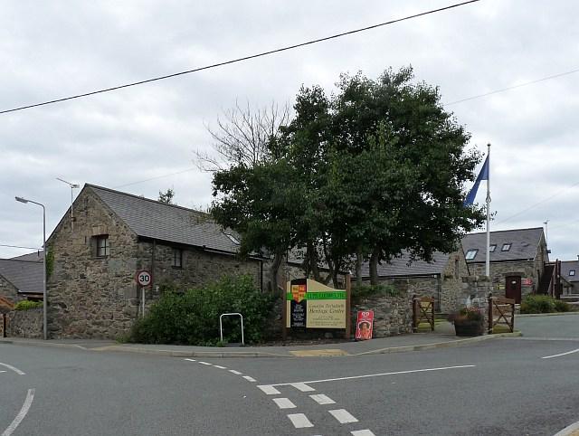 Llys Llewelyn Heritage Centre, Aberffaw