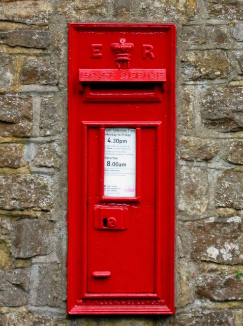 Edward VII wall mounted post box, Withies Lane