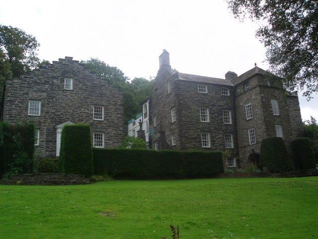 Plas Brondanw