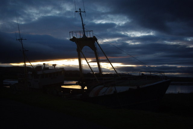 Glencaple boat at sunset