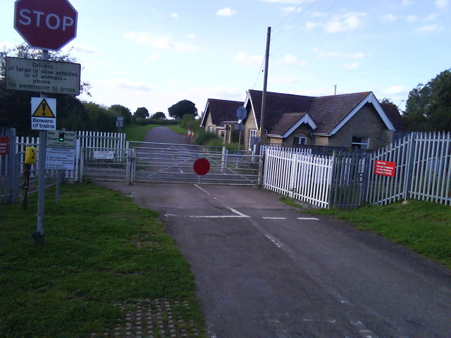 Level Crossing (Mill Street), Islip
