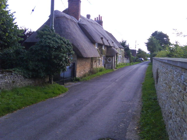 Thatched Cottage, Mill Street, Islip