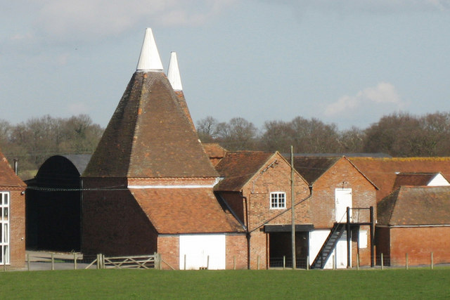 Oast house at lashenden farm headcorn oast house for The headcorn minimalist house kent