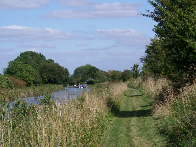 Towpath, Kennet and Avon Canal