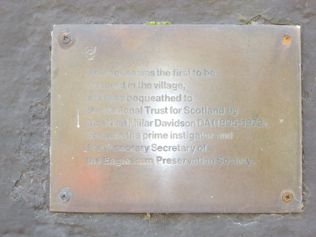 Weavers' cottages, 50 Montgomery Street - plaque